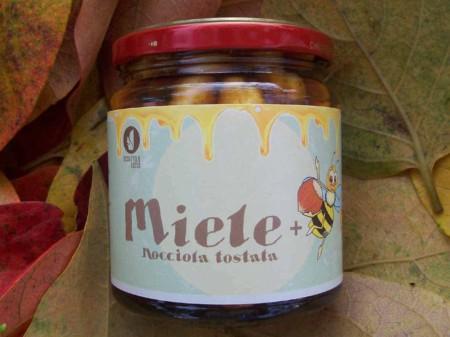miele apicoltura scoiattolorosso vendita nocciole piemonte